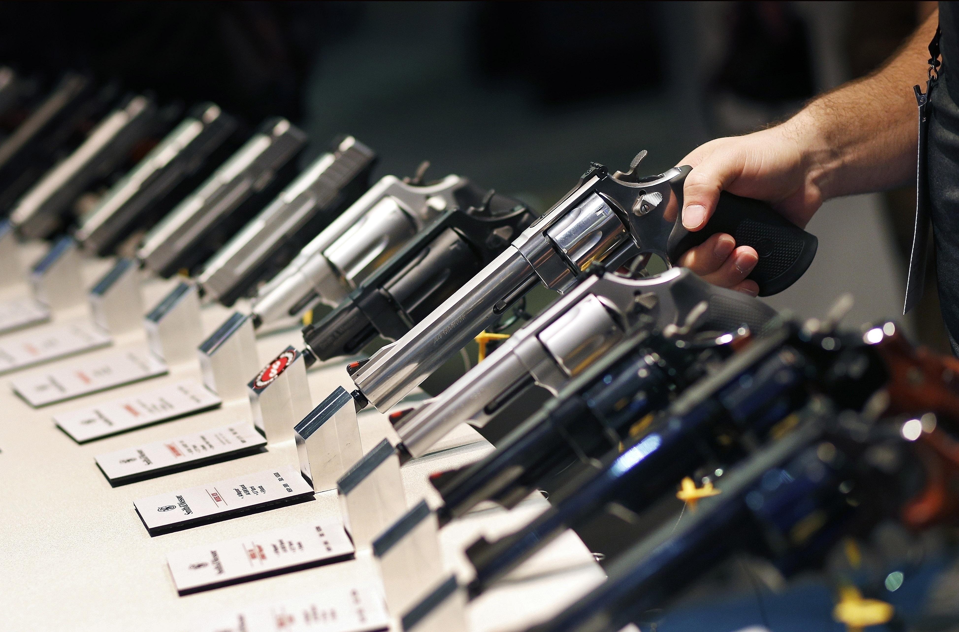 ¿Cuántas armas de fuego hay en Colombia?