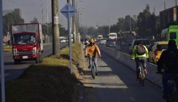 Polémica en Bogotá por bicicarril en la calle 13