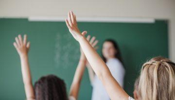 Colegios oficiales en Bogotá iniciarán clases presenciales desde el 19 de octubre