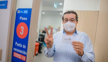 Colombia inició proceso de vacunación con adultos entre 60 y 64 años