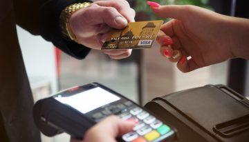 Cómo evitar robos y fraudes durante la época de prima