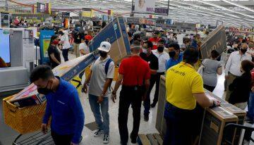 ¿Hay suficiente inventario para los días sin IVA en Colombia? Se estiman ventas por $18 billones durante las tres jornadas de este año [VIDEO]